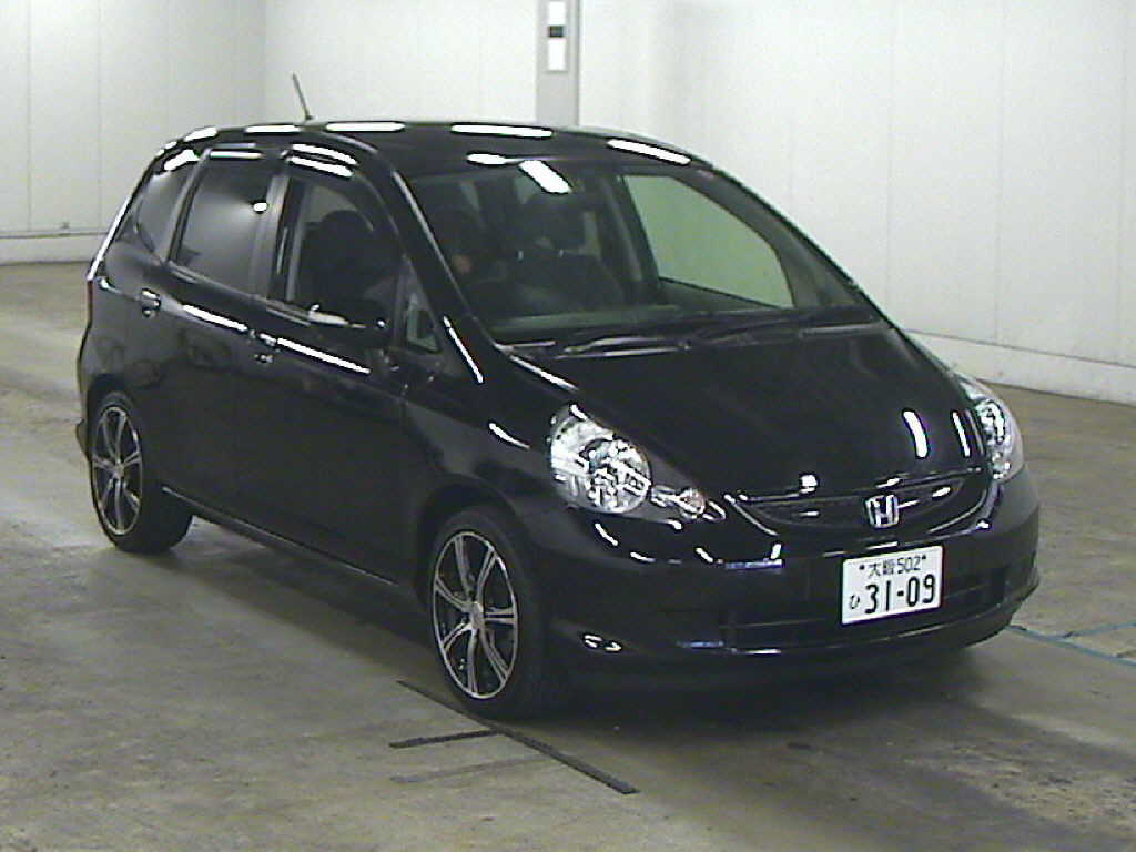 Honda Fit 2007 in Japan car auction