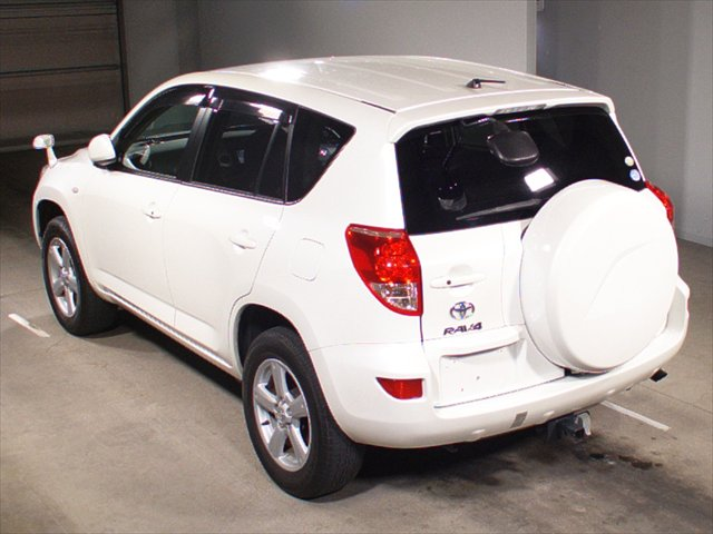 Used Rav4 2007 in Japan car auction
