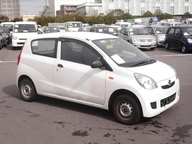 2009 Daihatsu Mira in Japan Auto auction