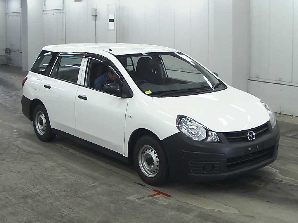 Used Mazda Familia Cars in Japanese car auction