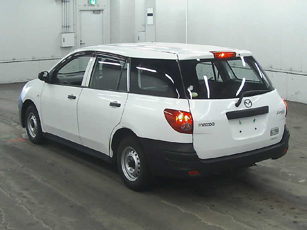 Used Familia 2008 in Japan Auto auction